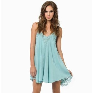 NWT Tobi ladies first mint lace day dress size M