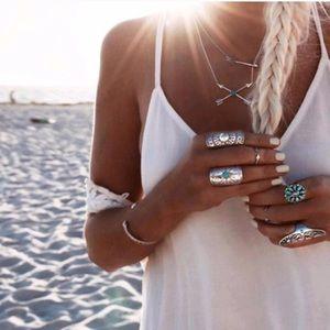 Jewelry - Lucky Arrow Necklace HP🌺