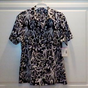 Laura Scott Tops - NWT Floral Print Button Down Shirt