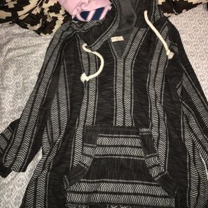 Ocean Drive Tops - Patterned Sweatshirt