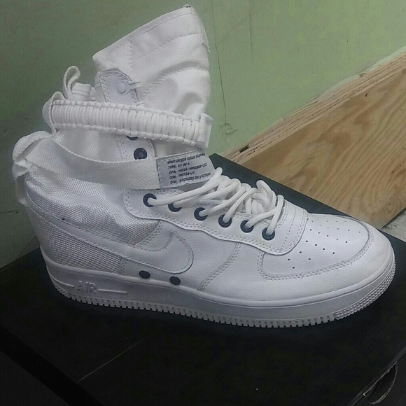 Shoes   All White Nike Uptowns   Poshmark
