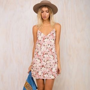 Motel Sanna Slip Dress in Daisy, XXS