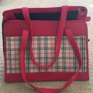 Handbags - New 🐶 or 🐱 pet bag