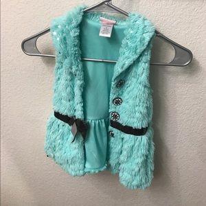Cute turquoise vest size 4