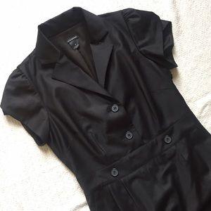 Club Monaco Dresses & Skirts - Like new! Club Monaco black button dress