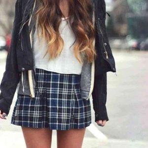 Brandy Melville Dresses & Skirts - Plaid skirt