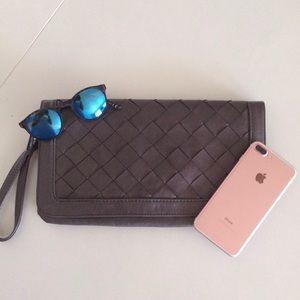 Urban Expressions Handbags - Big Grey Weaved Wristlet/Clutch
