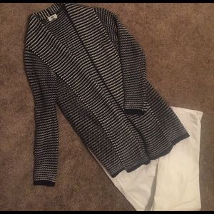 Old Navy M Black and White Cardigan