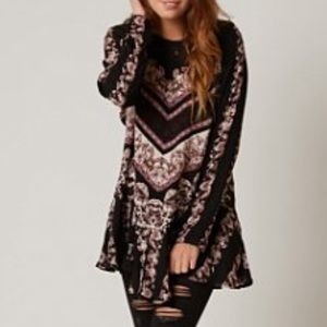 Free People Tunic Top Open v-neck Back