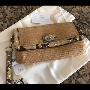 Coach Handbags - 🎉NWT Coach Straw Clutch with Animal Leather Trim✨