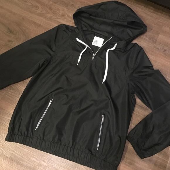 fast color brand new closer at Women's Pullover Rain Jacket, Zipper Pocket.