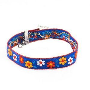 Jewelry - flower choker blue