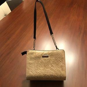 Miche Handbags - Mini Miche gold shell, base + black/chain handles