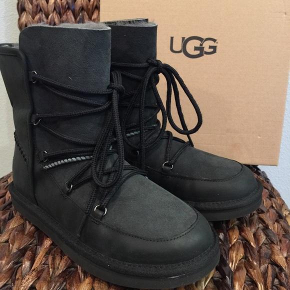 42b3dd4e220 UGG Black Lodge Boots NWT