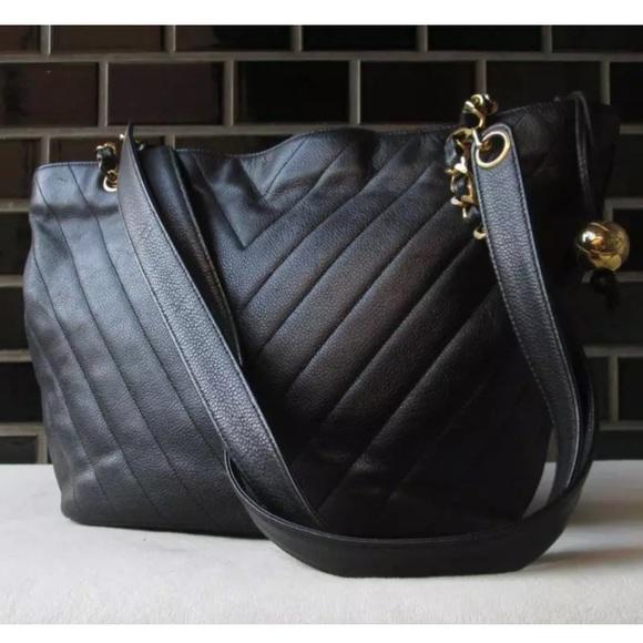 df390cb8b49759 CHANEL Handbags - CHANEL® 90's VINTAGE CHEVRON V STITCH SHOPPER BAG