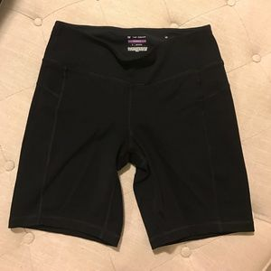 tek gear Pants - Size small work out shorts