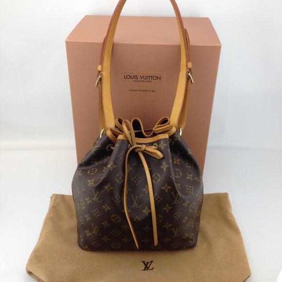 aec851e2788 Louis Vuitton Monogram Petit Noe Bucket Bag