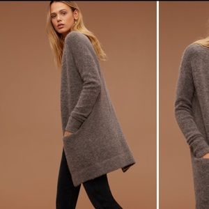 Aritzia Sweaters - Aritzia Wilfred arsonon cardigan sweater
