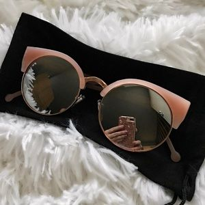 Ray-Ban Accessories - NEW | ROSE GOLD | BLUSH WOMENS SUNGLASSES