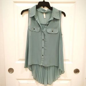 Tops - Contemporary Teal Accordion Button Up