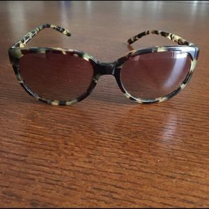 Tortoiseshell Tory Burch Sunglasses