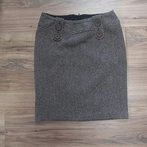 Dresses & Skirts - Liz Lange Collection size M lined wool tweed skirt