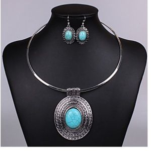Curvy Couture Jewelry - Silver Turquoise Necklace Earrings Set NWT