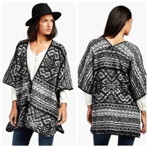 Sweaters - NWT Lucky Brand Blanket Poncho