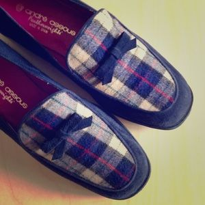 andre assous Shoes - Andre Assous navy blue plaid suede wedges w/bows