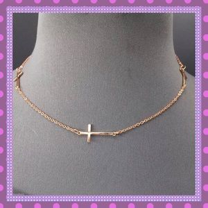 Boutique Jewelry - 🌟Dainty Rose Gold Cross Necklace🌟