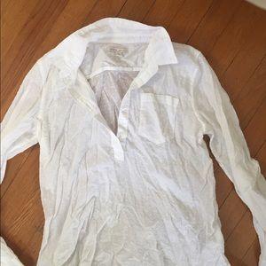 Gap maternity shirt size small