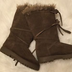 Shoes - Brown leather boots 🗻