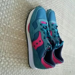 Saucony Shoes - Women's athletic shoes