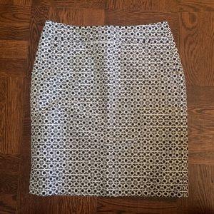 Like New Navy & White Woven Pencil Skirt