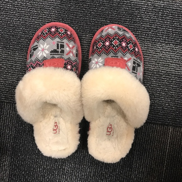 6b13c6d8ef7 Authentic UGG Cozy Nordic Knit Slipper,Gently worn