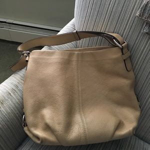 Camel coach bag. In great condition.