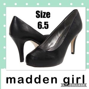Madden Girl Black Patent Pumps Size 6.5