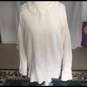 Lou & Grey Sweaters - Lou& Grey Off white Sweater with hood