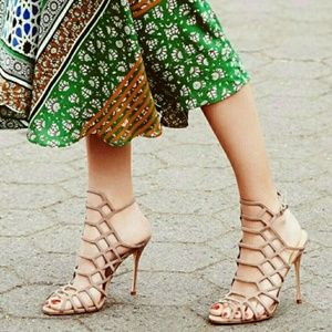 SCHUTZ Shoes - 💥1 DAY Sale💥 SCHUTZ JULIANA Nude Heel Sandals