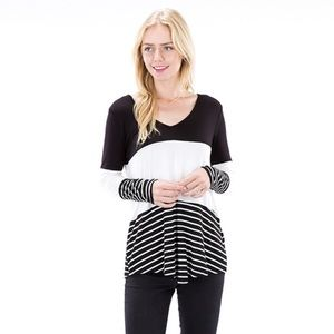 auditions  Tops - ✨NEW✨color block striped detail top!