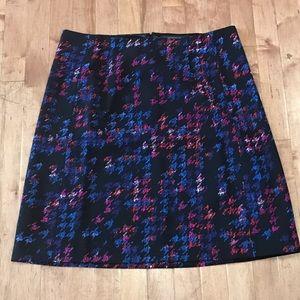 Ellen Tracy houndstooth skirt