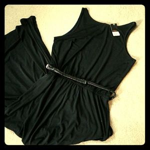 Fever London Dresses & Skirts - Summer black dress with belt