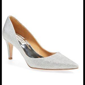 Badgley Mischka Shoes - 🌷NIB  Badgley Mischka Pointed Pump