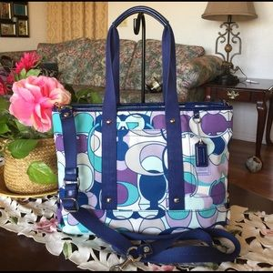 Coach Handbags - Coach signature daisy kyra tote shoulder/crossbody