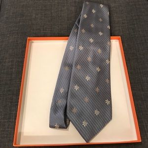 Burberry Other - Burberry Leaf Print blue/grey Tie excellent con.