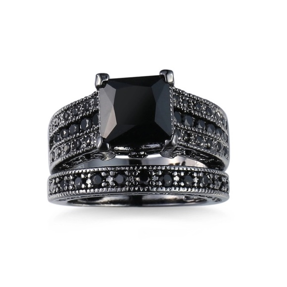 Black yx Princess Engagement Wedding Ring Set from Lady s closet on Pos