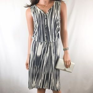 Anthropologie Dresses & Skirts - Anthro Key West Gray & Off-White Printed Dress