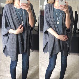 Sweaters - LAST ITEM▫Fuzzy Soft Charcoal Poncho Cardigan