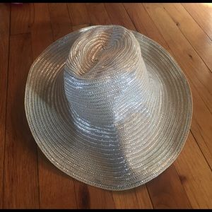 Spiegel Accessories - Silver and light tan beach hat