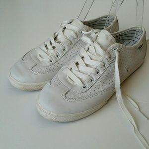Simple Shoes - Simple Leather Sneakers